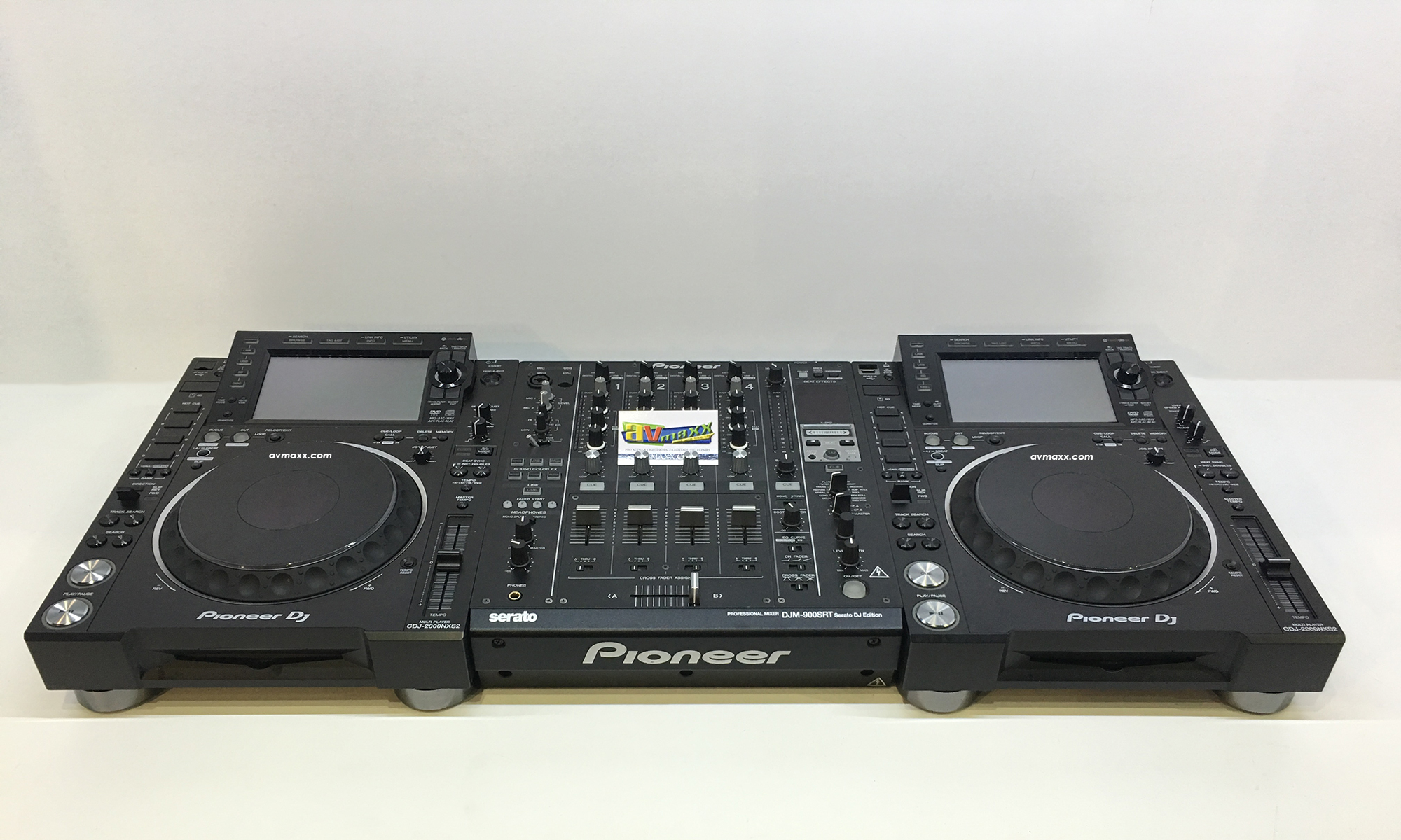 pioneer dj cdj 2000nxs2 djm 900srt used pack. Black Bedroom Furniture Sets. Home Design Ideas
