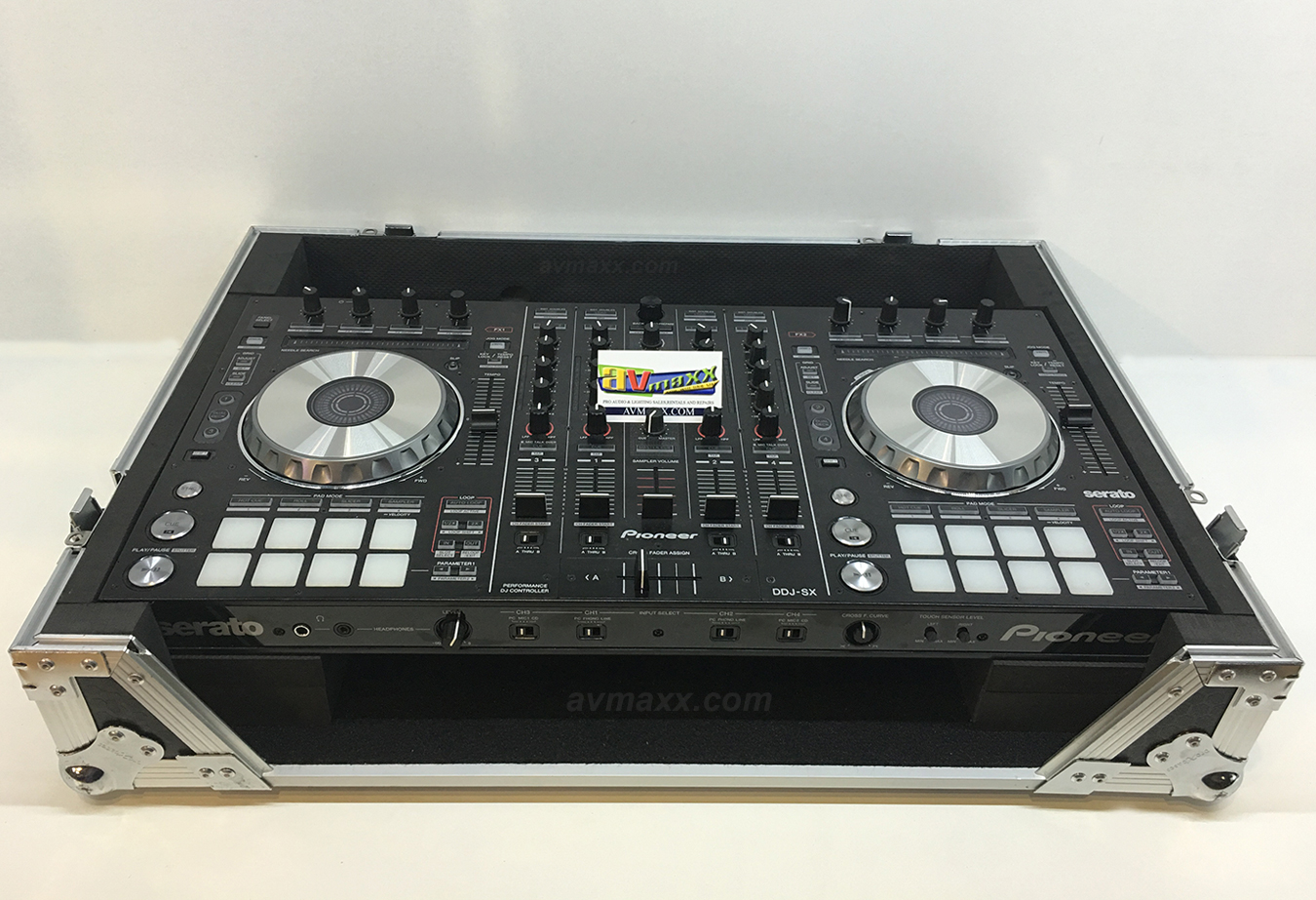 pioneer dj ddj sx with case used mint condition. Black Bedroom Furniture Sets. Home Design Ideas