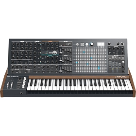 Arturia MatrixBrute Analog Synthesizer With Flight Case